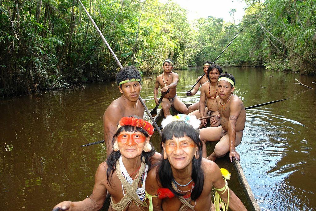 Hombres Chachis o Cayapas